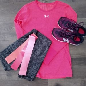 Under Armor Long Sleeve Shirt Size S Coral